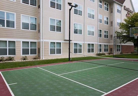 Exton, بنسيلفانيا: Sport Court®