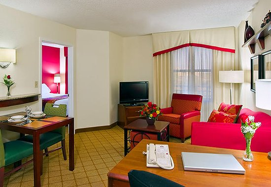 Residence Inn Tampa Downtown: One-Bedroom Suite