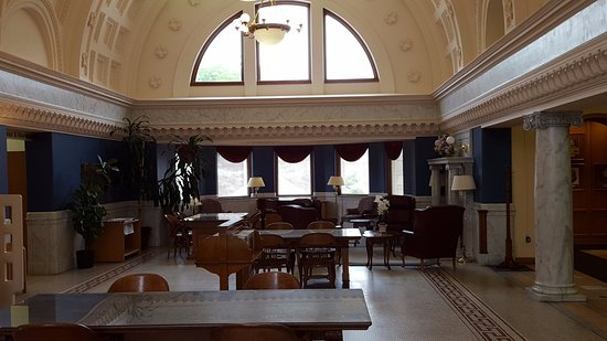 Van Wert, OH: Brumback Library. Main Reading Room.