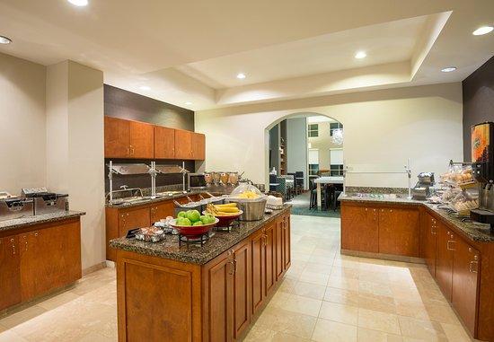 Miramar, FL: Breakfast Buffet