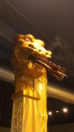 Stoughton, Ουισκόνσιν: Dragon head at boat bar