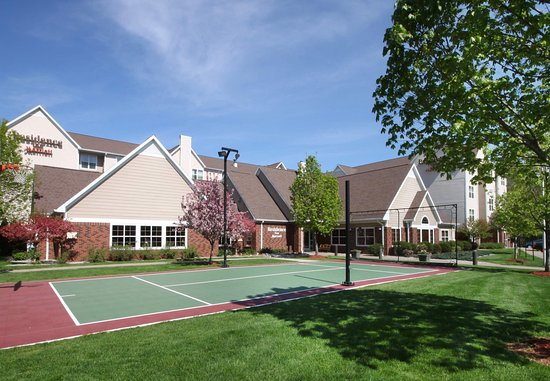 West Springfield, MA: Sport Court