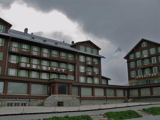 cohiba m nch und jungfrau picture of hotel bellevue des alpes kleine scheidegg tripadvisor. Black Bedroom Furniture Sets. Home Design Ideas