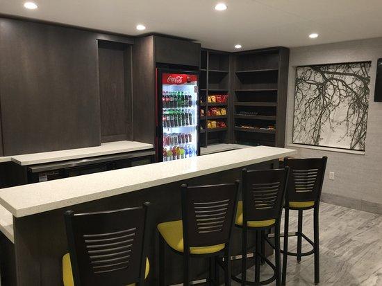 Leamington, Canada: Q-Lounge