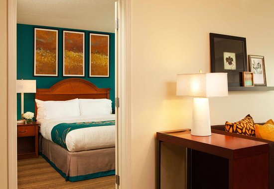 Residence Inn Greenbelt: Two-Bedroom Suite