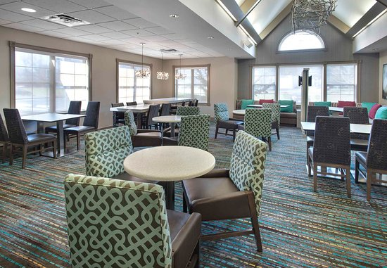 Cranbury, Nueva Jersey: Gatehouse - Dining Area