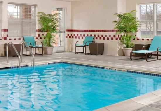 Cranbury, NJ: Indoor Pool