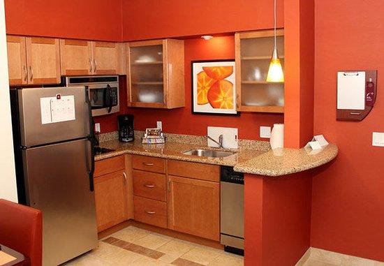 ซีบริง, ฟลอริด้า: Suite Kitchen