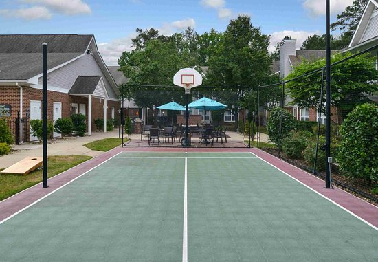 ‪‪Southern Pines‬, ‪North Carolina‬: Sport Court‬