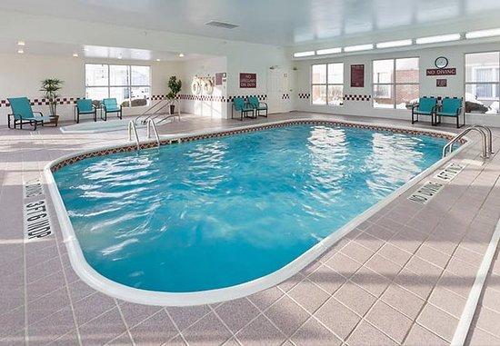 Polen, OH: Indoor Pool & Hot Tub