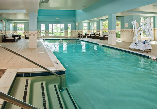 Dulles, VA: Indoor Pool