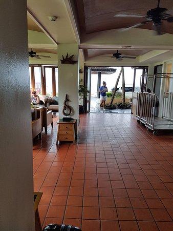 Sunset Beach Resort: reception area