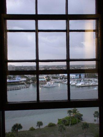 Jupiter, FL: Window on the world.....