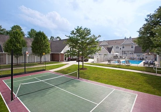 Moon Township, PA: Sport Court