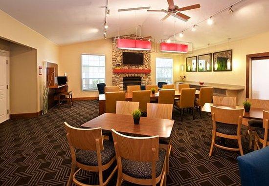 Kent, WA: Dining Area