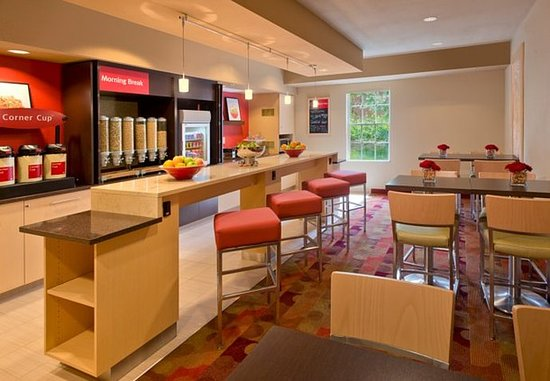 Blue Ash, OH: Breakfast Room