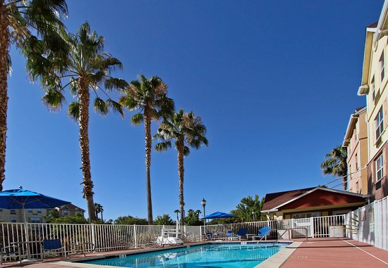 Newark, Californien: Outdoor pool