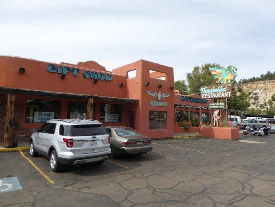 Mount Carmel, Γιούτα: Thunderbird Restaurant.- extérieur