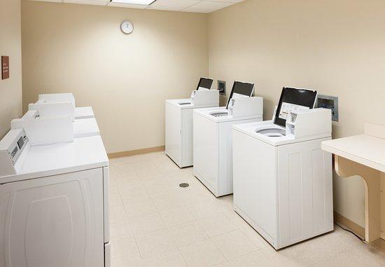 ซัฟฟอล์ก, เวอร์จิเนีย: Guest Laundry