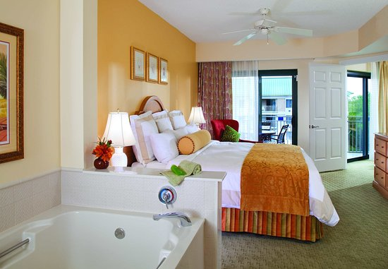 Marriott's Barony Beach Club: Villa Master Bedroom