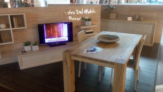 Belli i mobili in massello degli artigiani Bassanesi - Il Grifone ...