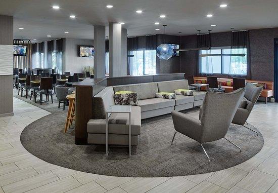 Bolingbrook, Илинойс: Lobby Seating Area
