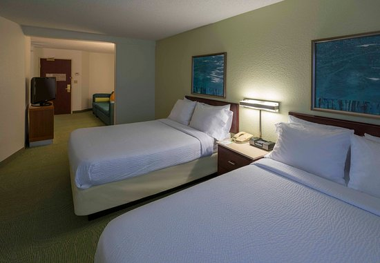 Bolingbrook, Илинойс: Double/Double Suite Bedroom Area