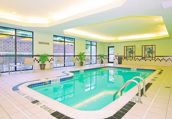West Mifflin, Пенсильвания: Indoor Pool