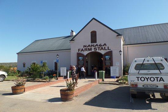 Alexandria, جنوب أفريقيا: Nanaga Farm Stall - a must visit!