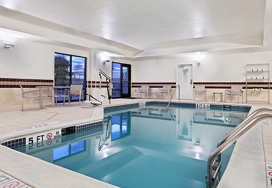 SpringHill Suites Knoxville at Turkey Creek: Indoor Pool