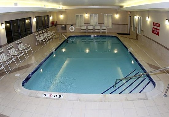Warren, MI: Indoor Pool