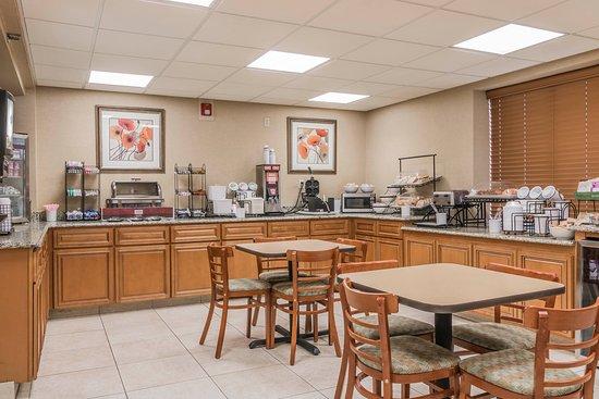 Utica, ميتشجان: Breakfast counter