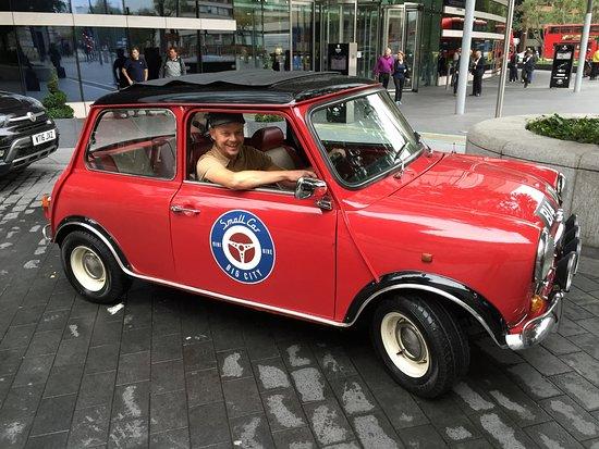 Small Car BIG CITY Photo