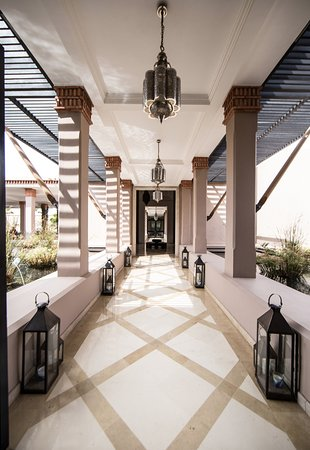 Four Seasons Resort Marrakech: mindythelion - four seasons - luxury resort reviews, content creation, & social media strategy