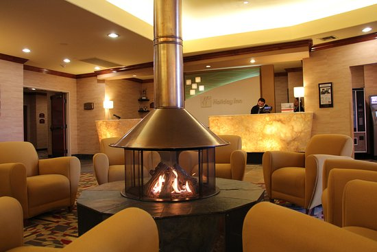 Lakewood, CO: Southwest Denvers most warm and inviting hotel