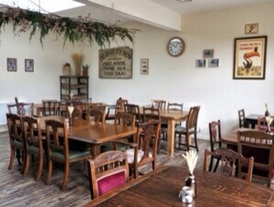Oswestry, UK: Lounge + new dining room