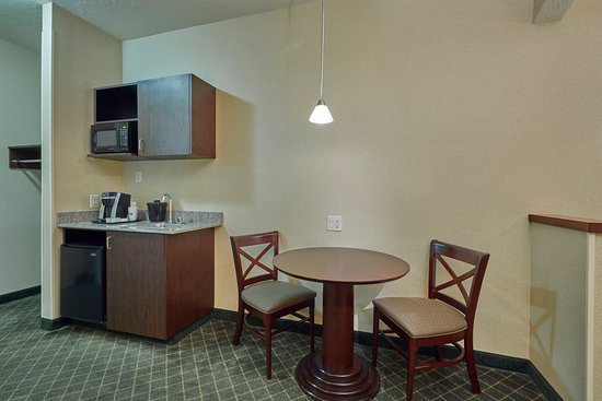 Springfield, OR : Suite Kitchenette