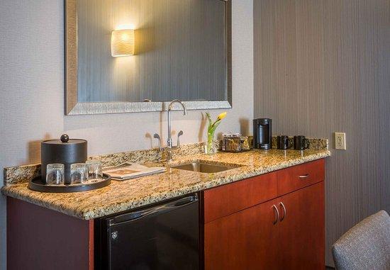 Culver City, Kaliforniya: King Suite Wet Bar