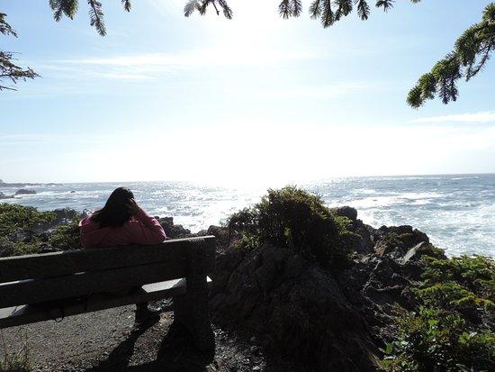 อูกลูเอเลต, แคนาดา: Starting the trail at Black Rock Resort