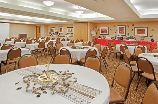 Modesto, Kalifornia: Events are Stress Free w/our Experienced Hotel Staff