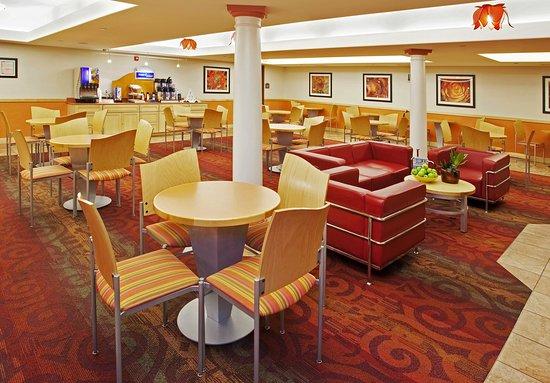 Modesto, Kalifornia: Breakfast Area