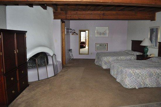 Walsenburg, CO: Executive Suite