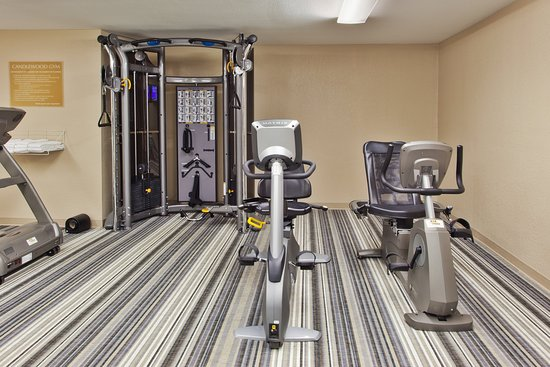 Southfield, MI: On-Site Fitness Center Open 24/7.