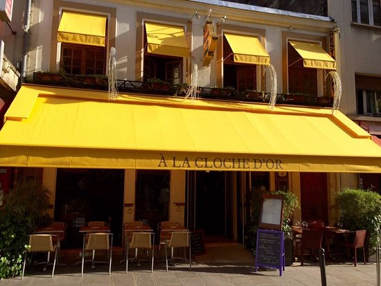 Photo of French Restaurant La Cloche d'Or at 3 Rue Mansart, Paris 75009, France