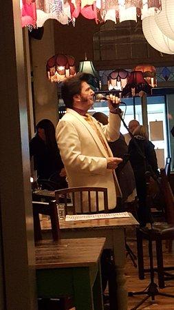 Urmston, UK: Excellent Elvis impersonator.