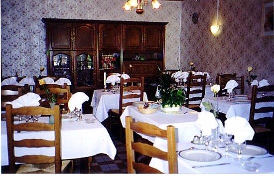 Livarot, France: notre salle de restaurant