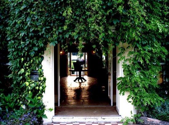 Macreddin Village, Irlanda: Welcome to The BrookLodge