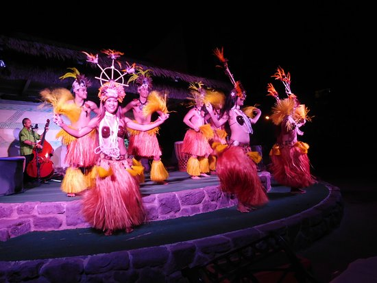 Luau Entertainment Picture Of Ka Anapali Beach Hotel