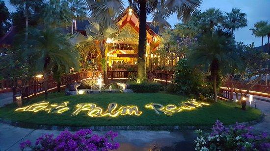 Kata Palm Resort & Spa: 20161018_182442_large.jpg