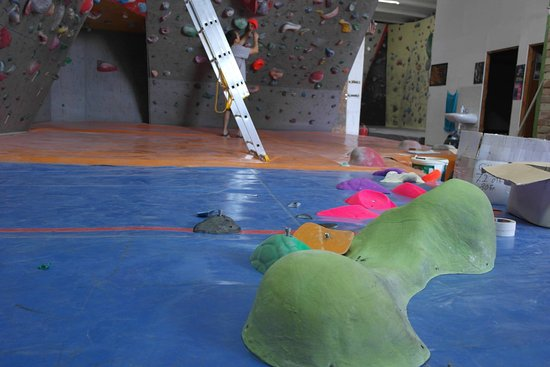 One Move Climbing Gym